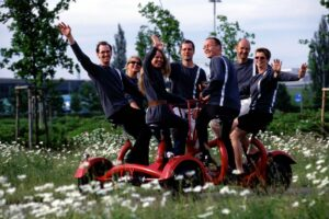 playandfunteam-Conference-Bike-00