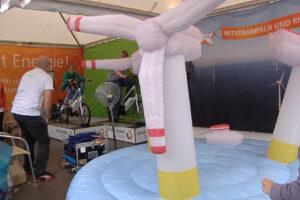 playandfunteam-e-bike-inflatable-windpark-00