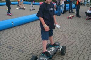 playandfunteam-e-skateboard-0-2