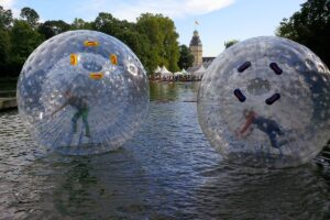 playandfunteam-Water-Zorbing-00