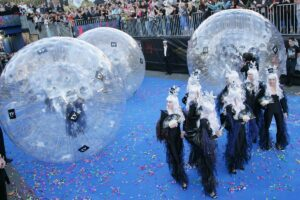 playandfunteam-Zorb-Promotion-00